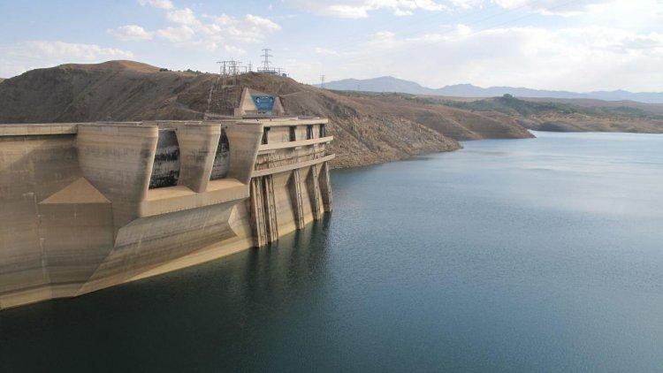 Need to Reduce Water Evaporation in Iran Dams - Financial Tribune